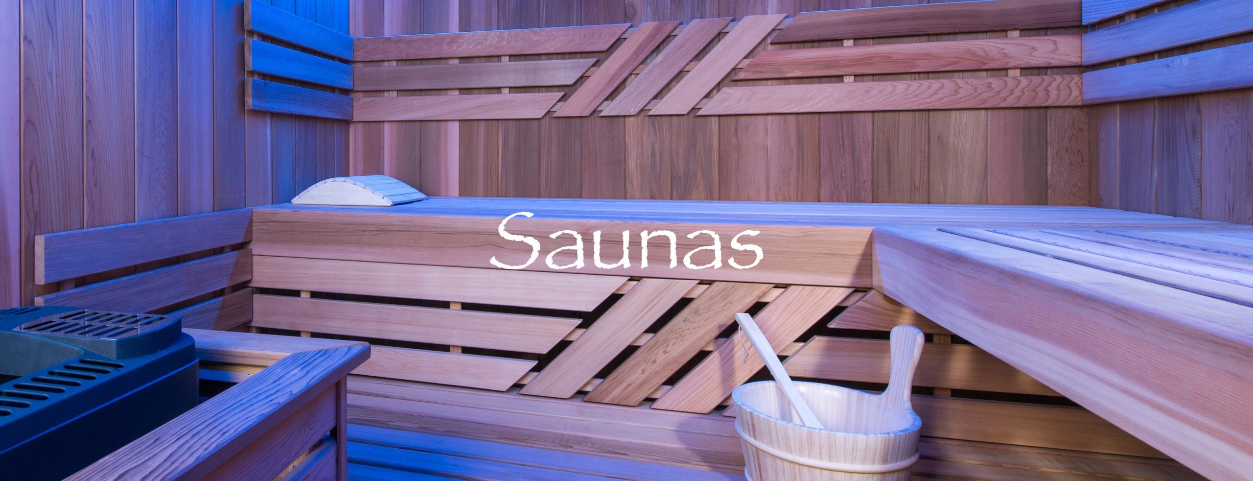 Sauna avec un éclairage bleu et un kit sauna traditionnel