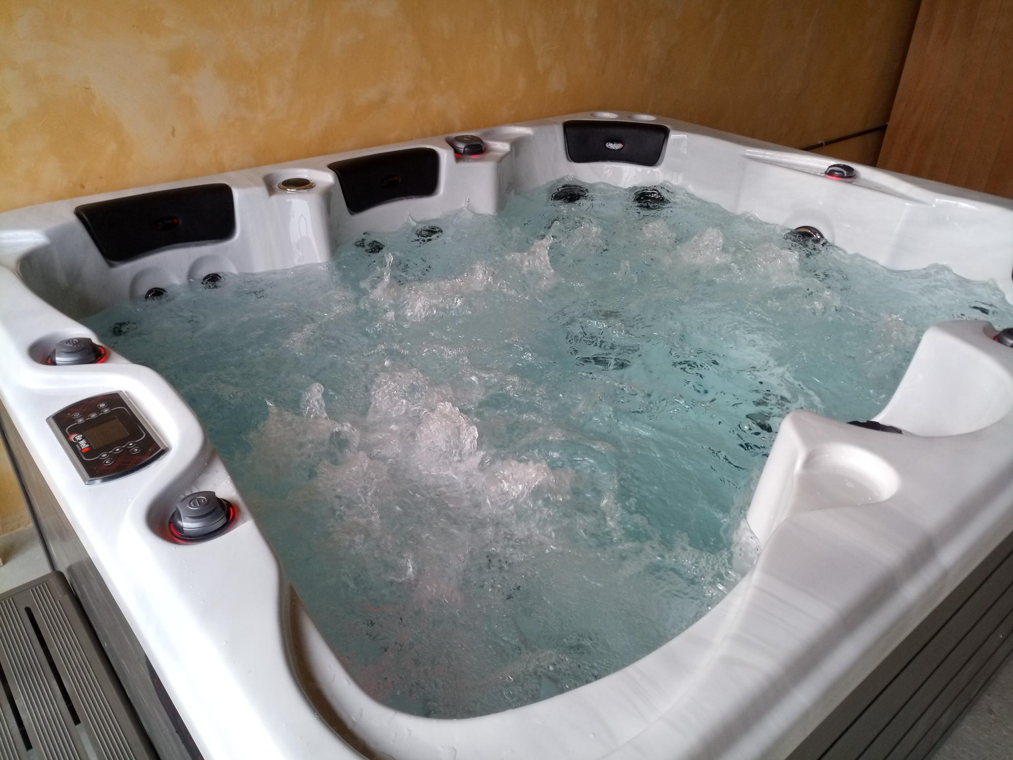 Livraison d'un spa Be Well et mise en marche